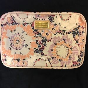 🎉5/$25NEW Aerin Lauder/Estée Lauder Cosmetic Bag